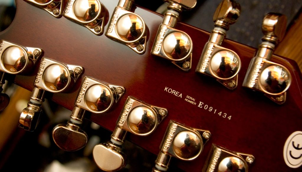 12 string guitar tuners