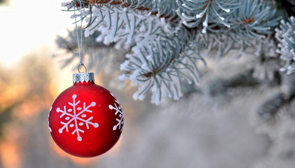 christmas-snow-tree