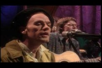 Video thumbnail for youtube video Love Is All Around - R.E.M. - Guitar Noise