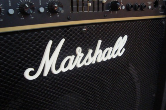 British Bass Amps – Oh The Majesty!